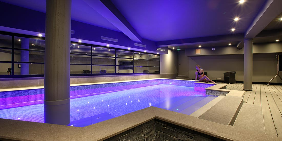 Hotel Piscine Chambery Hotel Le 5 Spa Et Piscine A Chambery